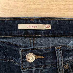 $10 Sale | Levi's 711 Skinny Jeans
